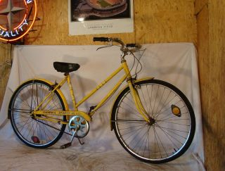 COLUMBIA TOURIST III LADIES 3 SPEED ROAD CRUISER BIKE BICYCLE YELLOW