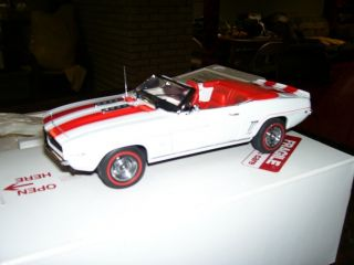 Danbury Mint 1969 Indy 500 Pace Car Chevrolet Camaro RS SS NIB NR