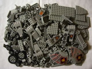 600 Lego Classic Light Gray Bricks Base Plates Wheels Parts Bulk Brick