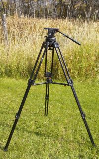 STUDIO 7 7 Fluid Head 3 stage Tripod w 150mm bowl mid leg Spreader