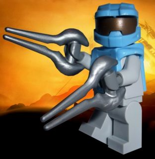 LEGO HALO Minifig LIGHT BLUE SPARTAN WITH TWIN ENERGY SWORDS STOCKING