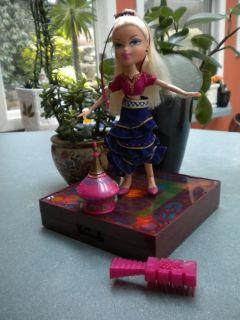 Doll Cloe Clothes Shoes Light Up Dance Floor Magic Bottle Brush