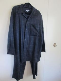 Lombardo Navy Blue Shirt w Matching Pants 2X Owned by LaDainian
