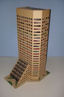 HO Scale Custom Made Highrise Skyscraper Office Building