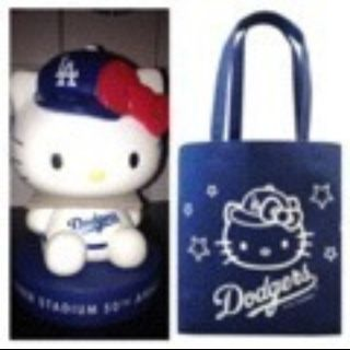 Los Angeles Dodgers Hello Kitty Mini Bobblehead with Head Crown and