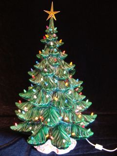 Vintage Ceramic Christmas Tree Large Green 25 Atlantic Mold Confetti