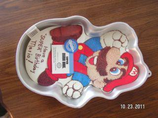 Wilton Super Mario Brothers Cake Pan Stock 2105 2989