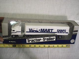 Wal Mart  Ertl Tractor Trailer 1 64 1993