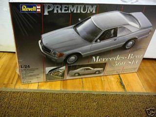 24 Mercedes Benz 560 Sec Premium Revell 7158