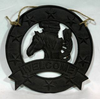 Red Shed Cast Iron Horse Welcome Wall Hanging Decor Accent