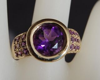 Estate Bezel Set Amethyst 14kt Yellow Gold Ring