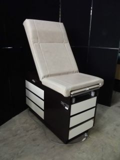 MIDMARK Ritter 104 Medical Examination Exam Table OB GYN Chair Look AH