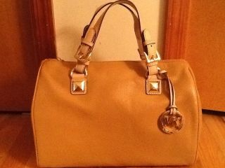 Michael Kors Grayson LG Satchel Genuine Leather Tan New w Tag