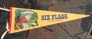 SIX FLAGS PENNANT over mid America Eureka Missouri St Louis Mo 6 L K