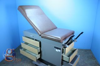 Offered is this hospital used Midmark Ritter Model 100 Exam Table