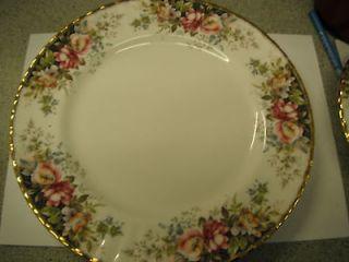 ROYAL ALBERT AUTUMN ROSES 10.5 DINNER PLATE 1ST No 4