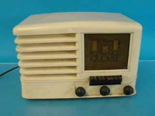 CO269 Antique Tube Radio White Plaskon Deco Cabinet Parts Repair Set