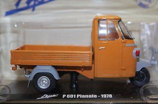 Vespa Ape P 601 Pianale 1978 Utility Orange Pick up, Italeri Hachette
