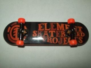 Rare Element tech deck fingerboard (Orange/black)