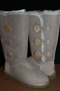 NIB* Womens UGG BAILEY BUTTON TRIPLET Boots Sand Beige US Size 9