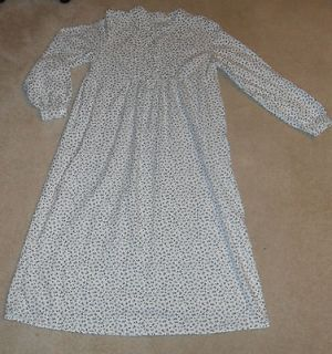 Croft & Barrow Intimates 100% Cotton Flannel Nightgown Size Small