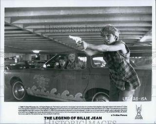 Photo Christian Slater, Martha Gehman in The Legend of Billie Jean
