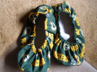 GREEN BAY PACKERS BOWLING SHOE COVERS MED, LG OR XL