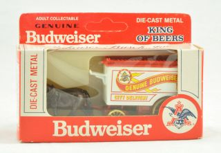 ANHEUSER BUSCH DIE CAST METAL TRUCK   HORSE DRAWN CARRIAGE