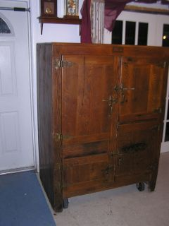 ICE BOX ANTIQUE OAK RARE 4 DOOR WITH INSIDES C. SCMIDT CO FURNITURE