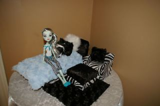 Monster High Doll Bed and Chair set ( Handmade )