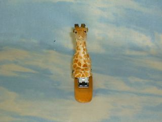 Giraffe Stapler Wood Carved Wooden Carving Bulk Six 6 Animal