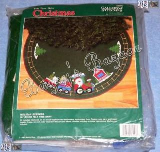 SANTA HOLIDAY EXPRESS Train Felt Christmas Tree Skirt Kit   36