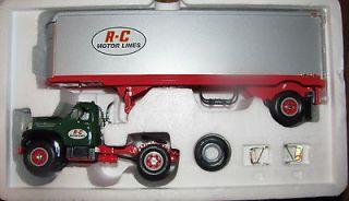 1st Gear 1960 B 61 Mack R C Motor Lines Semi Tractor Trailer Precision