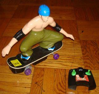 HAWK Remote Control RC Toy Car SKATEBOARDER Skate Boarder Radio CAR