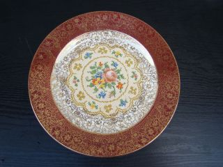 OLD ROYAL CHINA 22 KARAT GOLD CHARGER PLATE IN GREAT CONDITION HAND