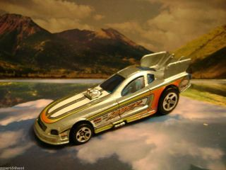 Mustang Funny Car 2011 Hot Wheels Drag Racers Series Silver