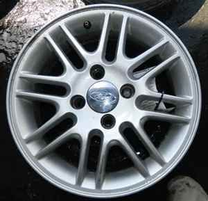 00 11 Ford Focus 15 Alloy Wheel Rim LKQ