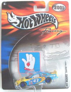 2001 Hot Wheels Racing NASCAR Pit Board Cheerios 43 John Andretti