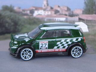 2012 Mini Countryman Rally Dark Green Hotwheels