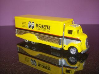 HOT WHEELS 1938 FORD COE TRANSPORTER MOON EYES LIMITED EDITION REAL
