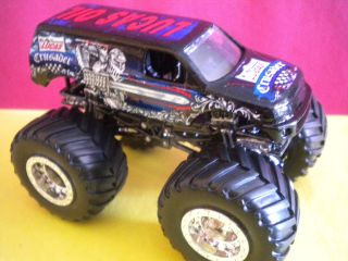 Crusader Hard to Find Custom Hot Wheels Monster Jam Truck 1 64