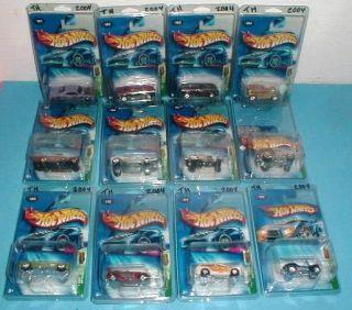 Complete 2004 Hot Wheels Treasure Hunt 12 Cars Protective Packs