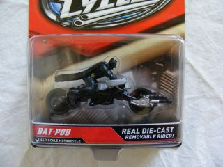 Hot Wheels Motorcycles Batman Bat Pod with Removable Batman Rider 1 64