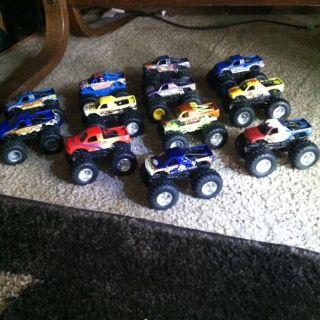 Lot of 12 Hot Wheels Monster Jam Trucks 1 64 Scale EUC
