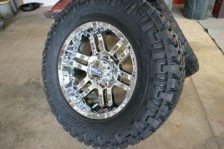 295 70 18 Chrome Moto 951 Nitto Trail Rims Tire Pkg 35