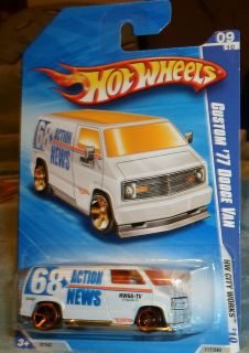 Hot Wheels Custom 77 Dodge Van White MF Action News Mint