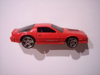 Hot Wheels 85 Camaro IROC Fridge Locker Tool Box Magnet