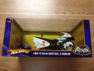 Hot Wheels 1966 TV Series Batcycle and SideCar Batman 1 12 Scale