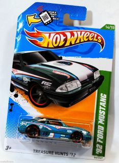 HOT WHEELS 2012 treasURE HUNT T HUNTS 1992 92 FORD MUSTANG   BENT CARD