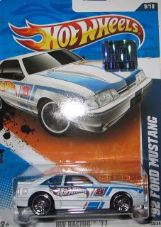 2011 159 92 FORD MUSTANG HW RACING 9 10 HOTWHEELS FACTORY SEALED HOT